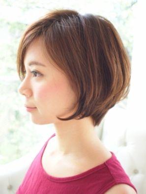 くせ毛でも大丈夫!ショートボブの可愛いヘアスタイルカタログのサムネイル画像