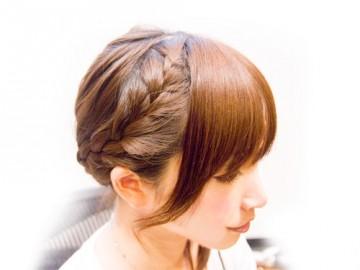 華やかなイメージのアップスタイルが楽しめるヘアアレンジ特集のサムネイル画像