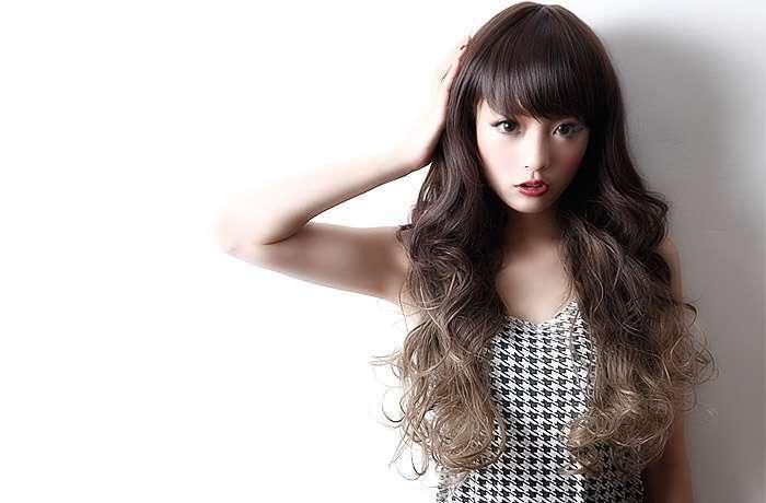 【髪色はアッシュ】流行りのアッシュ×グラデーションでオシャレヘアのサムネイル画像