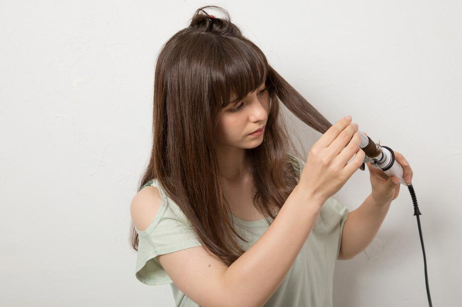 初心者でも簡単に作れる「ゆる巻き」で大人可愛いヘアスタイルにのサムネイル画像