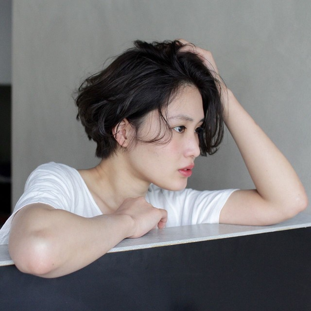 【黒髪×ショート】イメチェンしたい時に見るヘアカタログ。のサムネイル画像