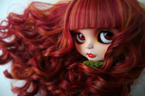女性らしさを引き出す暗めピンクの髪色で「かわいい」をひとりじめ!のサムネイル画像