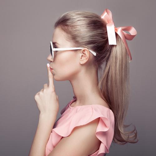 モテの秘訣はキレイな髪♡傷んだパサパサヘア→さらツヤ美髪にする方法!のサムネイル画像