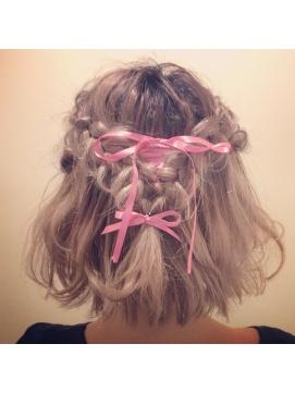 人気沸騰中のショートボブをヘアアレンジしてもっとキュートに♡のサムネイル画像