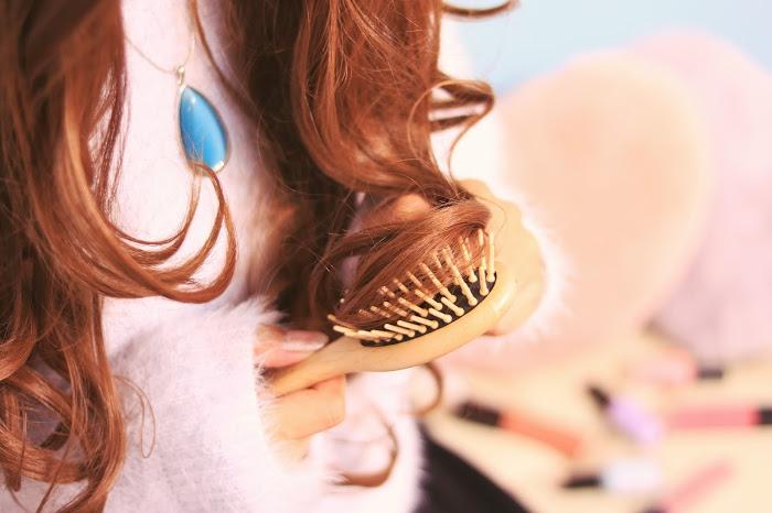 女子ウケ抜群!気取ってないのに可愛い!人気の前髪簡単アレンジ♪のサムネイル画像