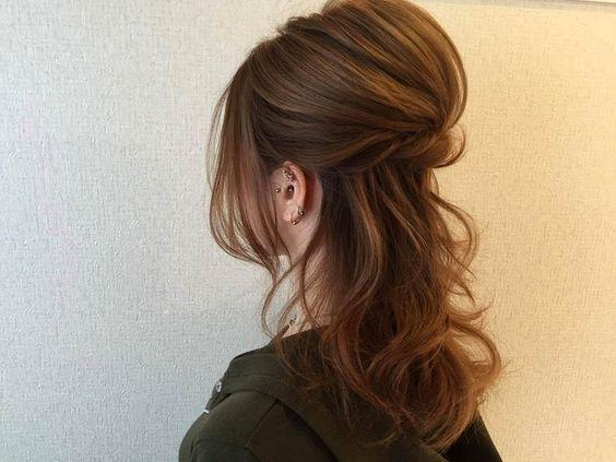 ママにピッタリ!卒園式のヘアスタイル簡単アレンジのポイントのサムネイル画像