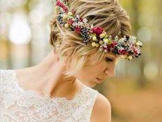 プレ花嫁さん必見♡結婚式ヘアはショートが可愛い♡アレンジアイデアのサムネイル画像