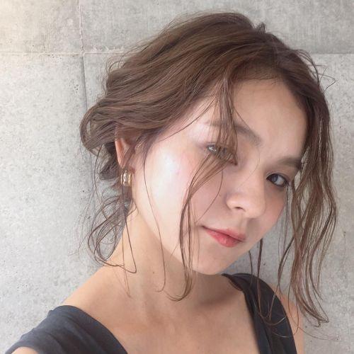 太陽よりもまぶしく輝く女の子に♡《夏の一週間ヘアアレンジ》  のサムネイル画像