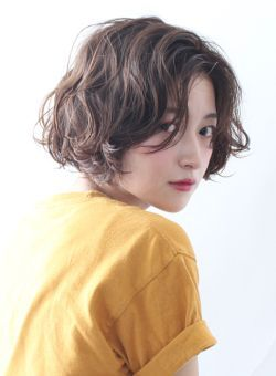 表情いろいろ♡ショートボブのヘアセットで色んな自分に出会おう♡のサムネイル画像