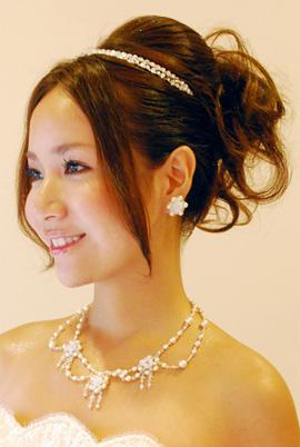 素敵な花嫁になるために…♪ヘアスタイル画像を集めてみました!のサムネイル画像