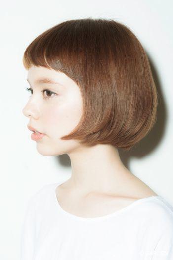 前髪に悩む方必見!人気の種類やアレンジ方法を画像付きでご紹介!のサムネイル画像