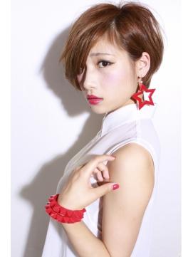 【最新ヘアスタイル】お洒落な女子のショートヘアカタログ!のサムネイル画像
