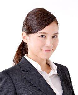 スーツに合う髪型に大事なのは「清潔感」!スーツに似合う髪型まとめのサムネイル画像
