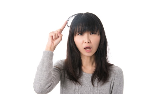 髪の毛の柔らかさって、どこで決まるの?髪の毛の質まとめ!のサムネイル画像