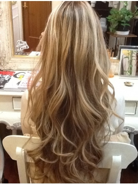髪色を明るく染め上げる!単色よりオシャレなハイライトまとめ!のサムネイル画像