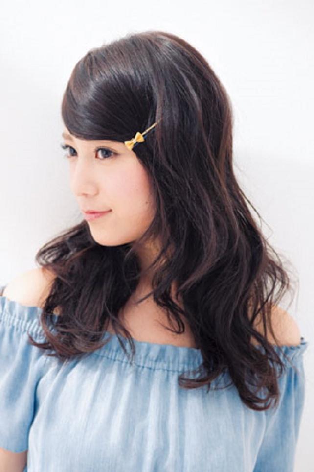 前髪にお洒落アイテムでより可愛く!ヘアピンを加えて女子力UP☆のサムネイル画像