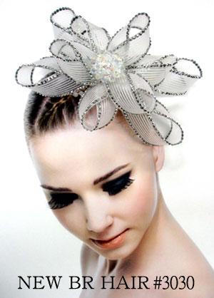ありきたりじゃつまらない!種類豊富な髪飾りを一気にご紹介します!のサムネイル画像