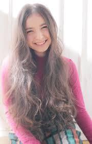 ずーと愛される髪型♡ロングヘアのおしゃれなヘアカタログ!のサムネイル画像