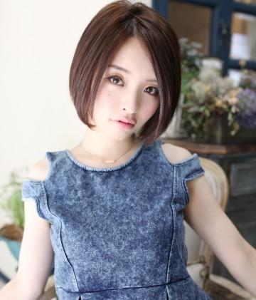 ストレートボブの髪型が上品で素敵♡是非参考にしたい髪型!のサムネイル画像
