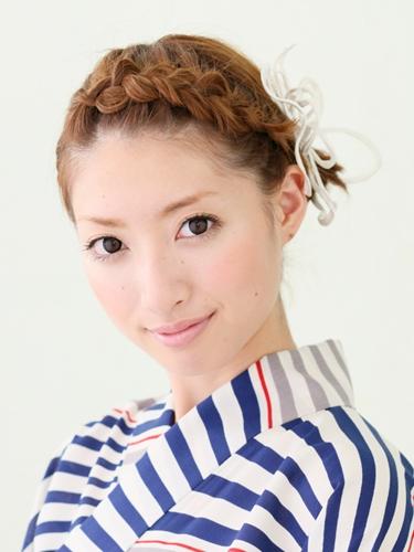 ショートヘアのヘアアレンジポイントと浴衣に合うヘアアレンジ画像!のサムネイル画像