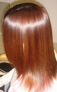 髪の長さによって頻度は違う?縮毛矯正の理想的な頻度とは?のサムネイル画像