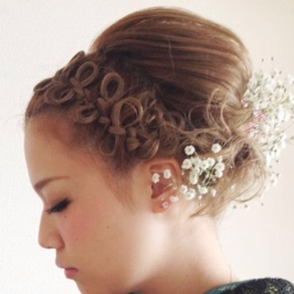 リボン巻き込み&地毛リボンの編み込みヘアの作り方をご紹介のサムネイル画像