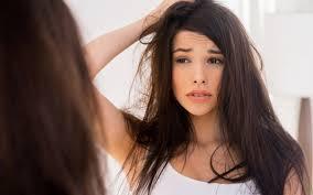 髪の毛が多い方にオススメの落ち着かせる方法や軽く見せる方法のサムネイル画像