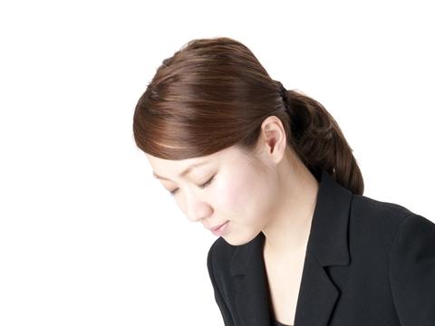 大人の女性として知っておきたい!お葬式のマナーに反しない髪型のサムネイル画像