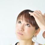 白髪は減らすことができる!?自分で白髪を減らす方法とは?のサムネイル画像