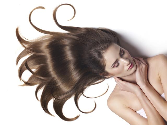 トリートメントだけじゃダメ!髪に内側から栄養を行き渡らせよう!のサムネイル画像