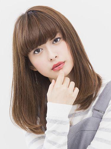 髪の毛をすくとデメリットも多い!?髪をすく時に注意する点とは?のサムネイル画像