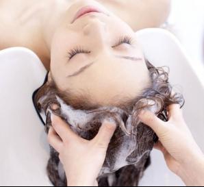 SOS!髪は女性の命だから…♪育毛シャンプーランキングでご紹介♡のサムネイル画像