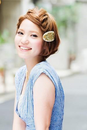 ショートヘアだって可愛く三つ編みアレンジできちゃう!まとめましたのサムネイル画像