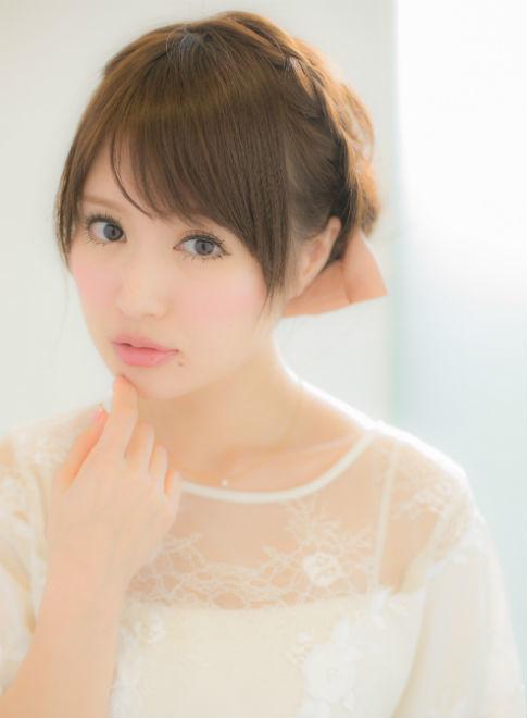 最強かわいい♡二次会で使えるヘアスタイル教えちゃいます!!のサムネイル画像