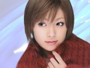 天使すぎ!深田恭子さんはショートヘアでもやっぱりかわいい!のサムネイル画像