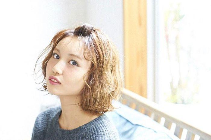 伸ばしかけの前髪をアレンジして顔回りをスッキリさせよう♡のサムネイル画像
