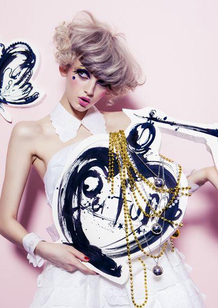 気になる白髪・若白髪を予防してヘアアレンジを楽しみたい!のサムネイル画像