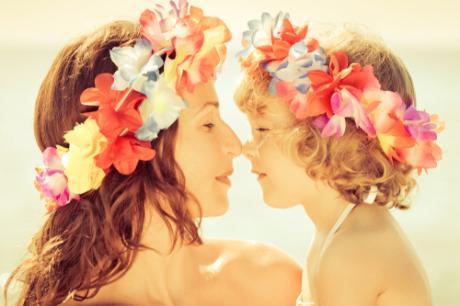 可愛いだけじゃない!フラダンスのヘアアクセサリーをご紹介しますのサムネイル画像