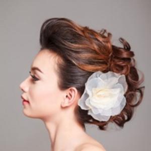 【ヘアアレンジ特集】結婚式は断然アップヘアが魅力的です♡のサムネイル画像