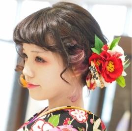 卒業式におすすめ♡華やかなヘアアレンジ!卒業パーティーにものサムネイル画像