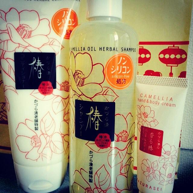 【髪の毛☆サラサラ】椿油が配合されているシャンプーを紹介します!のサムネイル画像