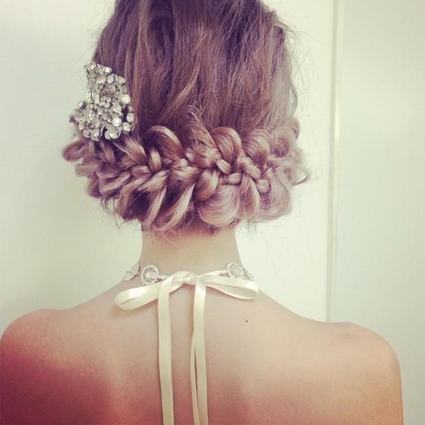 ショートボブ〜ミディアムボブでできる人気のヘアセットまとめ♡のサムネイル画像