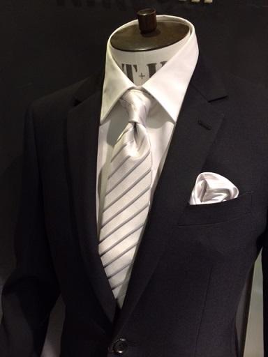 【男性必見!】結婚式に出席する時は礼服orスーツ?ネクタイは?のサムネイル画像