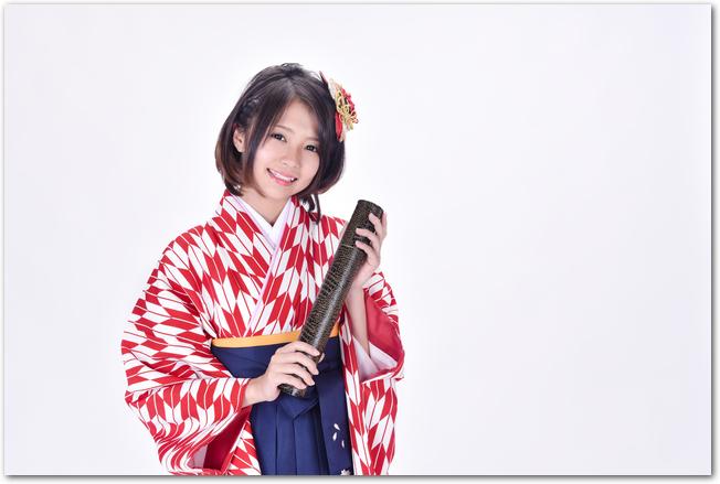 【ヘアカタログ】コレを美容師さんに見せればOK♪ 卒業袴の髪型一覧のサムネイル画像