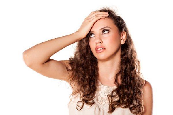 前髪がキマらない!おでこが広い方にオススメの前髪3選とアレンジ法のサムネイル画像