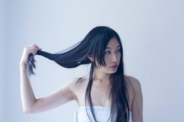 重く見えない黒髪ヘアカタログ☆自然の髪色で勝負する時代!のサムネイル画像