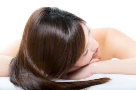 最近抜け毛が気になる!!髪の毛を増やす方法をご紹介します♡のサムネイル画像