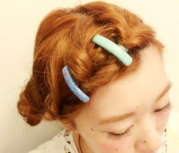 伸ばしかけも可愛く乗り切る!簡単に出来る前髪アレンジ特集のサムネイル画像