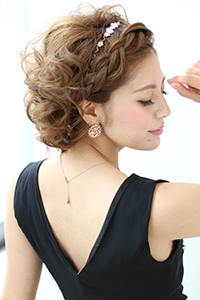 【海外画像アリ】パーティーにおすすめのショートヘアの髪型17選のサムネイル画像