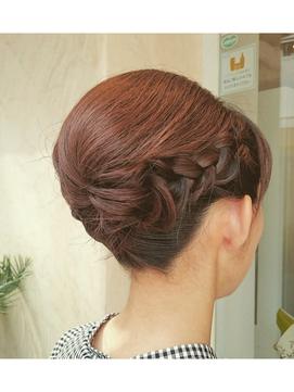 袴に似合うおすすめのボブスタイルで色々な髪型に挑戦しましょう!のサムネイル画像
